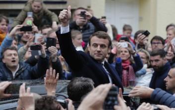 Μεγάλη νίκη του Μακρόν δίνουν τα πρώτα exit poll που μεταδίδουν βελγικά ΜΜΕ