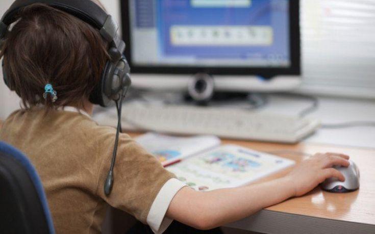 Καταγγελία για τραυματισμό εννιάχρονης από το διαδικτυακό παιχνίδι «Μπλε Φάλαινα»