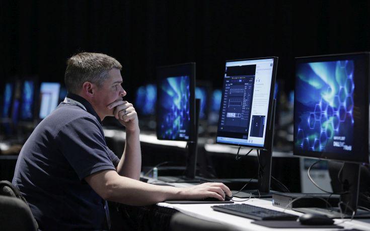 Πώς θα προστατέψετε τον υπολογιστή σας από τον ιό της κυβερνοεπίθεσης