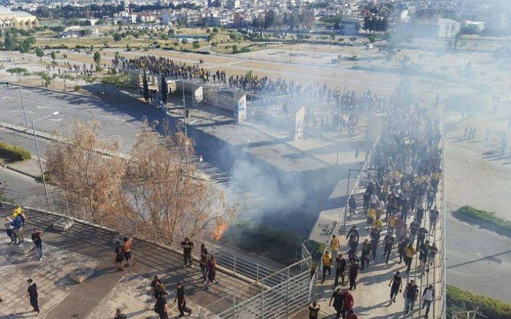 Δακρυγόνα και πετροπόλεμος στο Πανθεσσαλικό