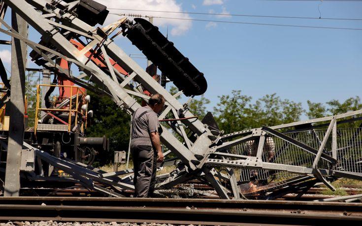 Η υπερβολική ταχύτητα το αίτιο της σιδηροδρομικής τραγωδίας στο Άδενδρο