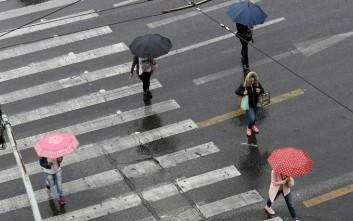 Αλλάζει ο καιρός με βροχές, καταιγίδες και πτώση της θερμοκρασίας