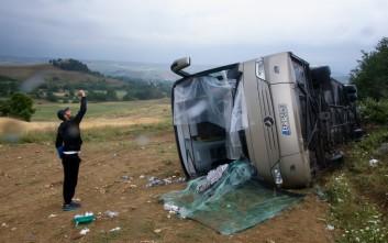 Νέες εικόνες από το ατύχημα με το λεωφορείο στις Σέρρες
