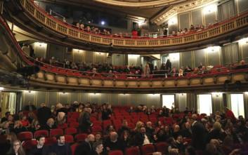 Προσφορά προπώλησης για τις νέες παραγωγές του Εθνικού Θεάτρου