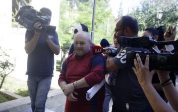 Στο εδώλιο ο 53χρονος που κατηγορείται ότι βασάνισε και βίασε τη φοιτήτρια στη Δάφνη