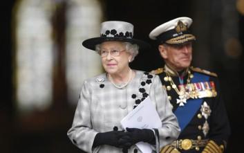 Βασίλισσα Ελισάβετ για Παναγία των Παρισίων: Βαθιά λύπη για τη φωτιά