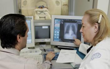 Συγκρατημένη αισιοδοξία από τις θεραπευτικές εξελίξεις για τον καρκίνο του πνεύμονα