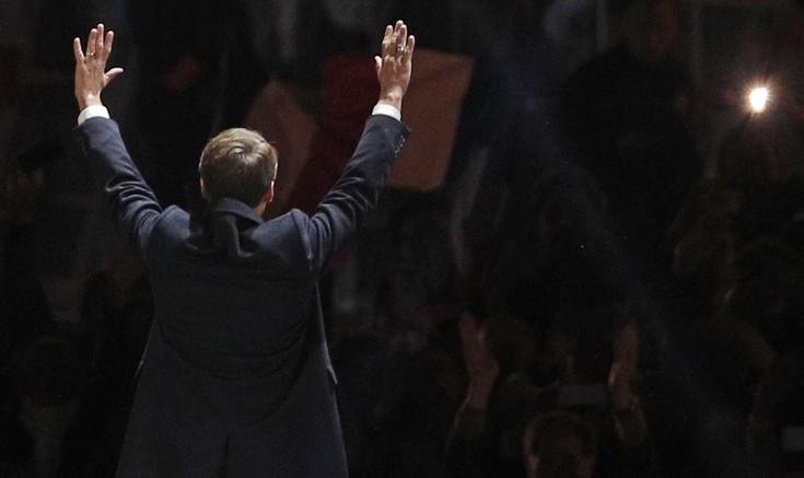 Ο Εμανουέλ Μακρόν είναι και επισήμως ο πρόεδρος της Γαλλίας