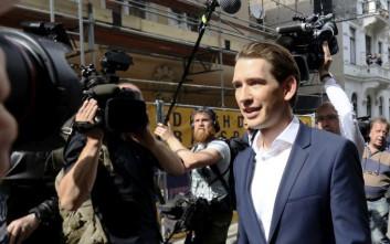 Το Λαϊκό Κόμμα της Αυστρίας τα παίζει όλα για όλα με τον Σεμπάστιαν Κουρτς