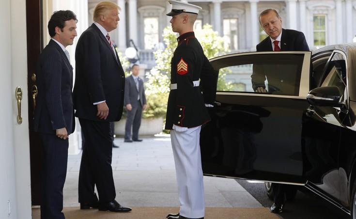 Ο Ερντογάν πήγε με λίστα αιτημάτων στον Τραμπ και δεν πήρε τίποτα
