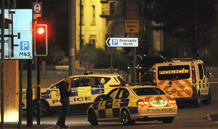 Καλλιτέχνες γράφουν στα social media για την πολύνεκρη επίθεση στο Μάντσεστερ
