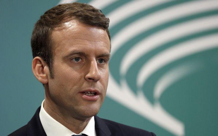 Ο Μακρόν ζητά την οριστική εξαίρεση της Ευρώπης από τους δασμούς