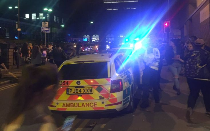 Νεκροί και τραυματίες από τις εκρήξεις στο Μάντσεστερ