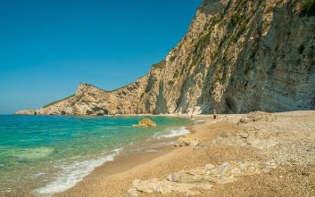 Απίθανες, μυστικές και παρθένες παραλίες στην Κέρκυρα
