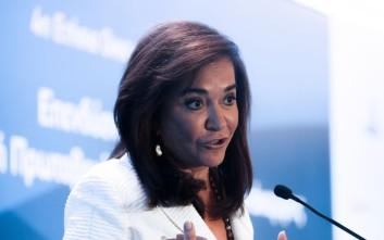 Μπακογιάννη: Διαπιστώνω αργές αντιδράσεις και ανακλαστικά