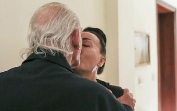 Η Βίκυ Σταμάτη ζητά διαζύγιο από τον Άκη Τσοχατζόπουλο