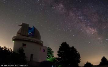 Ελληνικό τηλεσκόπιο ανιχνεύει λάμψεις από προσκρούσεις στη Σελήνη