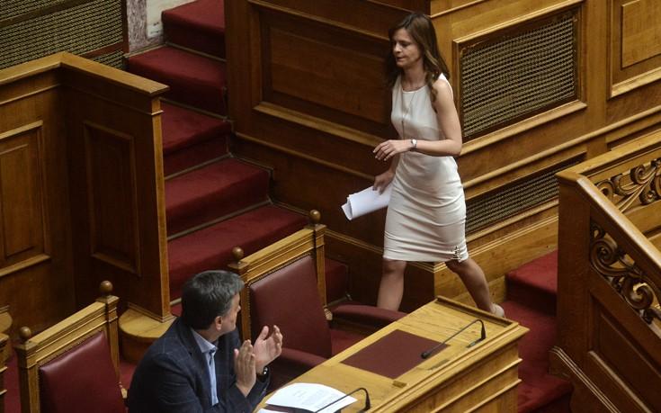 Αποτέλεσμα εικόνας για αχτσιογλου λευκο φορεμα