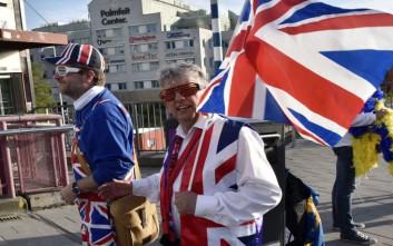 Οι Βρετανοί υποστηρίζουν τη δεξαγωγή δημοψηφίσματος για μια τελική συμφωνία για το Brexit