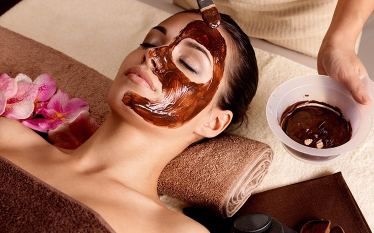 Μεταξένια επιδερμίδα με μάσκα σοκολάτας