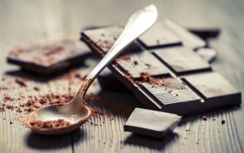 Ο ρόλος της μαύρης σοκολάτας στη δίαιτα
