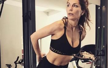 Η Δέσποινα Βανδή στο γυμναστήριο λίγο πριν τις παραλίες