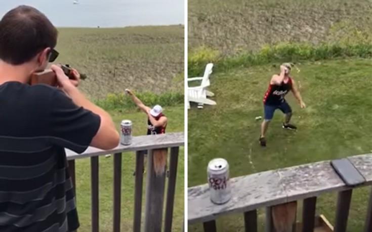 Πώς να πιεις μια μπύρα, πυροβολώντας την!
