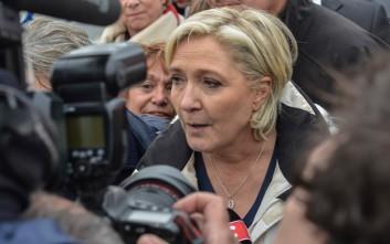 Η Λεπέν απαγόρευσε σε ΜΜΕ να καλύψουν τη βραδιά των εκλογών από το στρατόπεδο της