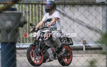 Η KTM δοκιμάζει ηλεκτρική μοτοσυκλέτα δρόμου