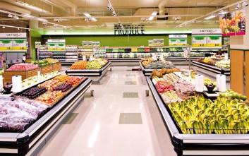 Super Market, οι ισχυροί, οι ξένοι και τα My Market