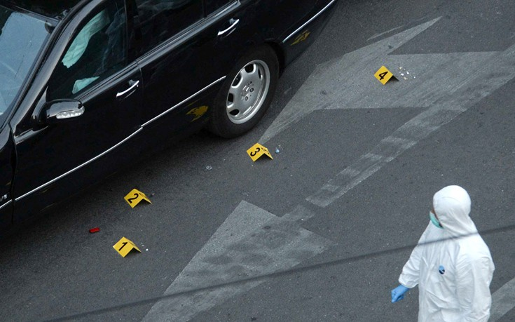 Οπλισμένος ήταν ο 29χρονος που συνελήφθη για τη βόμβα στον Παπαδήμο
