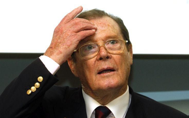 Πέθανε ο ηθοποιός Ρότζερ Μουρ σε ηλικία 89 ετών