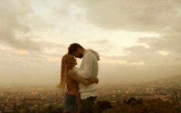 Ο Ζεράρ Πικέ στο νέο βίντεο κλιπ της Σακίρα