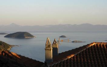 Τelegraph: Το ελληνικό νησί που ξέχασε ο τουρισμός