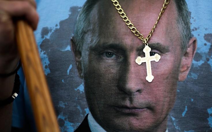 6843fc7b366d Ο πρόεδρος της Ρωσίας Βλαντίμιρ Πούτιν κάλεσε σήμερα τη διεθνή κοινότητα να  ενωθεί προκειμένου να καταπολεμήσει την «τρομοκρατία» και διαβεβαίωσε ότι η  ...