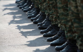 Στρατιωτική θητεία: Από 4 σε 6 οι ΕΣΣΟ ανά έτος