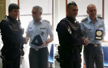Βραβεύτηκαν αστυνομικοί που απεγκλώβισαν πολίτες από πλημμυρισμένα σπίτια