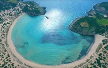 H εκθαμβωτική παραλία της Μεσσηνίας