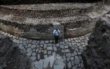 Ναός των Αζτέκων ανακαλύφθηκε στο κέντρο της Πόλης του Μεξικού