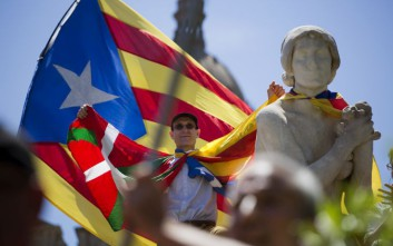 Η κυβέρνηση της Καταλονίας δεν βρίσκει κάλπες για το δημοψήφισμα ανεξαρτησίας