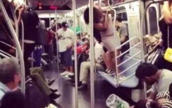 Ο λιλιπούτειος επιβάτης που έκανε άνω κάτω το μετρό της Νέας Υόρκης