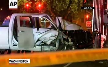 Φορτηγό έπεσε πάνω σε αστυνομικούς στην Ουάσιγκτον