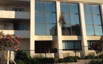 Επίθεση με εμπρηστικό μηχανισμό σε ΑΤΜ και κτίριο του Υπουργείου Γεωργίας