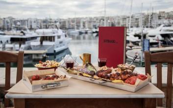 Πού τρώμε καλό σουβλάκι με θέα θάλασσα