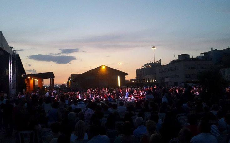 Χιλιάδες κόσμου στη Βραδιά Τιμής για τον Σταύρο Κουγιουμτζή