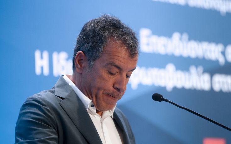 Θεοδωράκης: Είμαι έτοιμος για νέες διαδρομές, νέες ανηφόρες και μάχες
