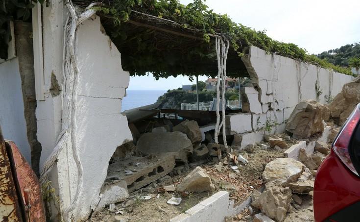 Χουλιάρας: Είναι νωρίς να πούμε αν ήταν ο κύριος σεισμός