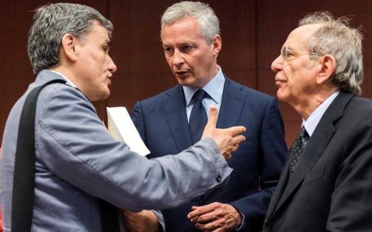 Γαλλική πρωτοβουλία για το χρέος, ο Μακρόν στέλνει στην Αθήνα τον υπουργό Οικονομικών