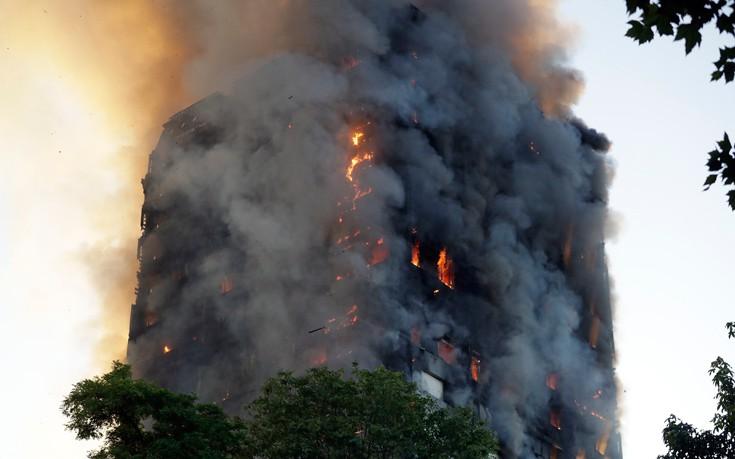 Τριάντα τραυματίες από τον φλεγόμενο πύργο στα νοσοκομεία