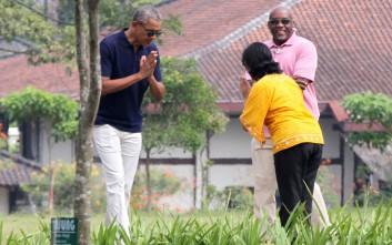 Οι οικογενειακές διακοπές των Ομπάμα στην Ινδονησία
